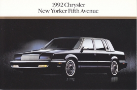 New Yorker Fifth Avenue, US postcard, continental size, 1992