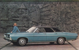 LTD 4-Door Hardtop, US postcard, standard size, 1968