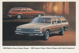 Caprice & Malibu Classic Station Wagon,  US postcard, standard size, 1982