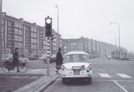 DAF at traffic light, DIN A6-size, unused, Dutch issue, 2008