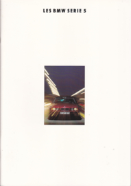 5-Series brochure, 42 pages, A4-size, 2/1992, French language