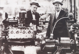 first V8 engine 1935, A6-size postcard for 75 Years Ford Germany, 2000