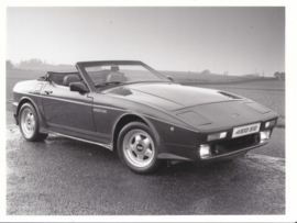TVR 450 SE wedge convertible - factory photo - about 1991