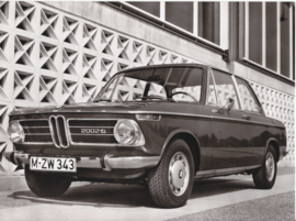 BMW 2002 Ti - 1969 - German text on the reverse
