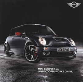 Cooper S with John Cooper Works GP kit brochure, 8 square pages, German language, 1/2006