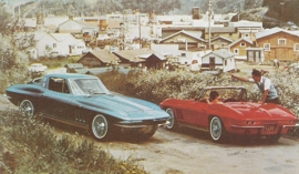 Corvette Sting Ray Sport Coupe & Convertible, US postcard, standard size, 1965, # 4 (no reprint!)