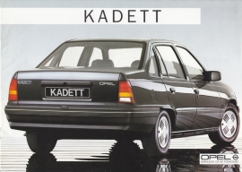 Kadett Sedan brochure, 16 pages, 09/1985, Dutch language