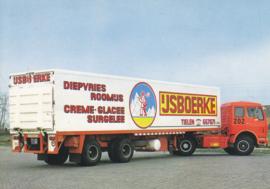 * Mercedes-Benz wide spread chilled trailer, DIN A6-size postcard, Dutch issue