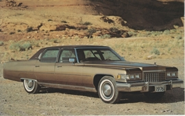 Fleetwood Sixty Special Brougham, US postcard, standard size, 1976