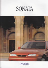 Sonata Sedan brochure, 20 pages, about 1992, Dutch language
