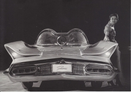 Lincoln Futura 1955, A6-size postcard for 75 Years Ford Germany, 2000