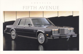 Fifth Avenue, US postcard, continental size, 1988