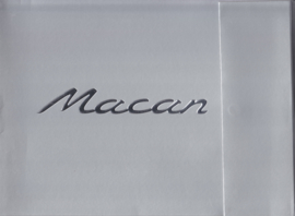 Macan introduction portfolio, 6 pages + 1 sheet, 2014, French language