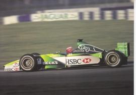 Formula 1 race car at speed, large postcard, 16 x 11 cm, Jaguar-racing set