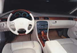 Cadillac Seville STS dashboard (Europe, 1999)
