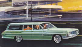 Super 88 Fiesta Station Wagon, US postcard, standard size, 1962
