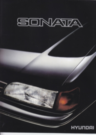 Sonata Sedan brochure, 18 pages, about 1988, Dutch language