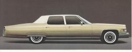 1976 Fleetwood Brougham Sedan, US fold-over postcard, 18,5 x 8,5 cm (closed)