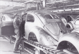 VW Volkswagen Beetle production line , DIN A6-size, unused, Dutch issue, 2008