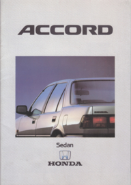 Accord Sedan brochure, 28 pages, A4-size, Dutch, about 1986