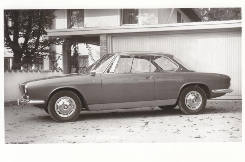 3200 CS V8 Sport Coupé, DIN A6-size photo postcard, 1962, 4 languages
