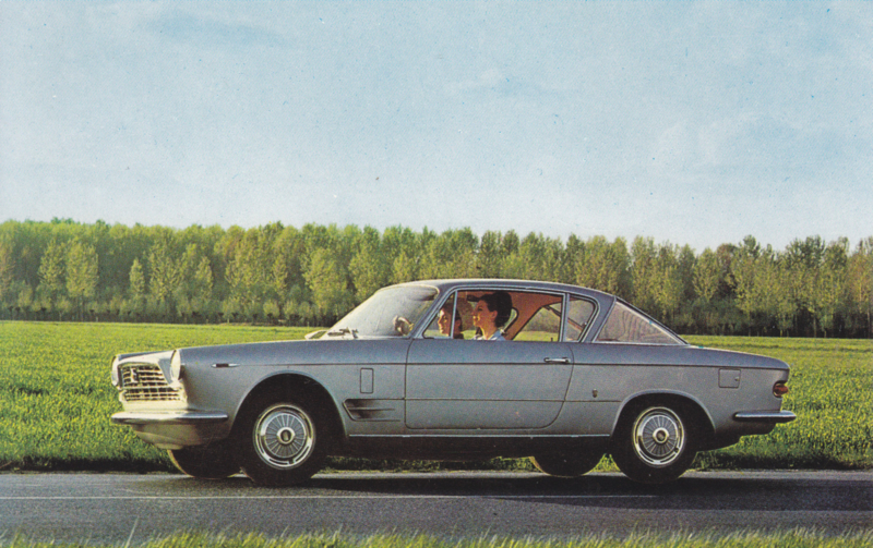 2300 S Coupé, standard size, Italian postcard, undated, about 1967