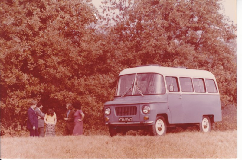 T522 Minibus, photocard with text on reverse, English language (Poland)