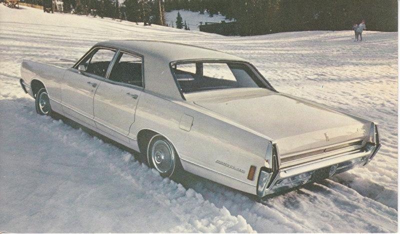 Montclair 4-Door Sedan, US postcard, standard size, 1968