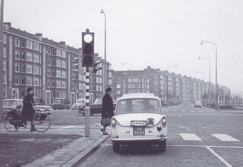 DAF at traffic light, DIN A6-size, unused, Dutch issue, 2008