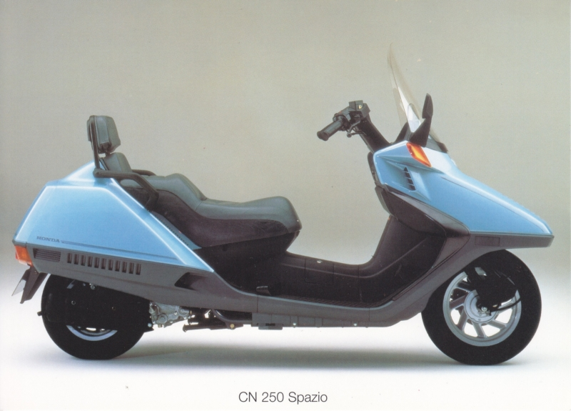 Honda CN 250 Spazio scooter postcard, 18 x 13 cm, no text on reverse, about 1994