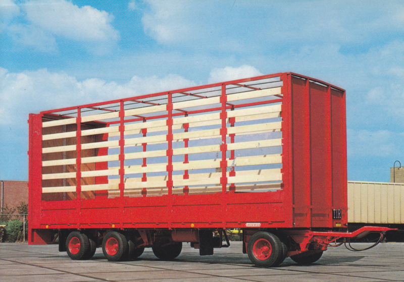 Trailer 3 axle large volume, DIN A6-size postcard, Dutch issue