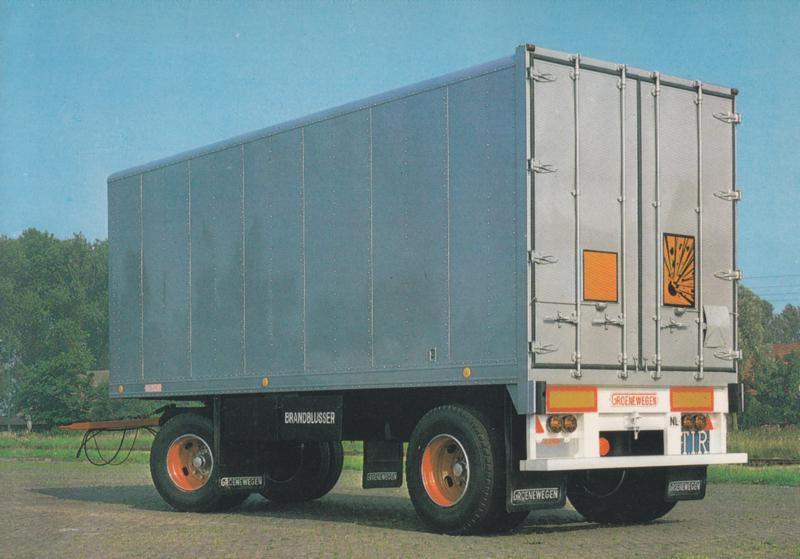 Trailer 2 axle, DIN A6-size postcard, Dutch issue