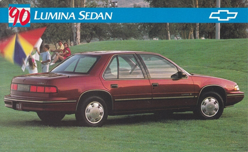 Lumina Sedan,  US postcard, large size, 19 x 11,75 cm, 1990