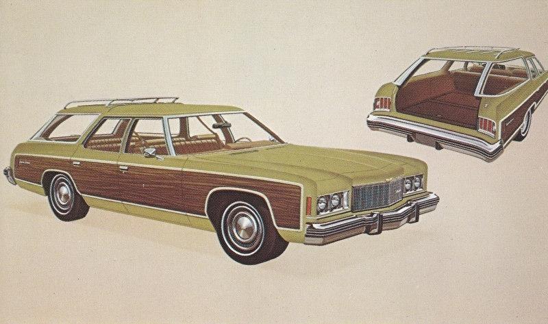 Caprice Estate Station Wagon,  US postcard, standard size, 1974