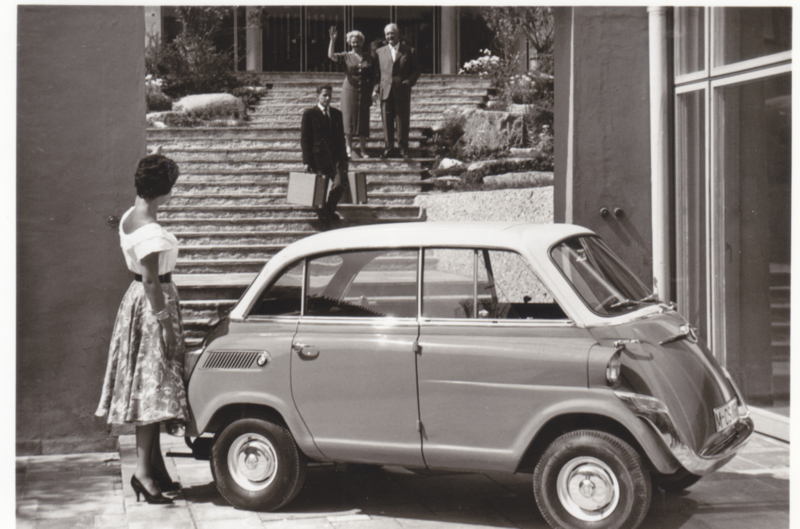 600 2 cyl., DIN A6-size photo postcard, 1957-59, 4 languages