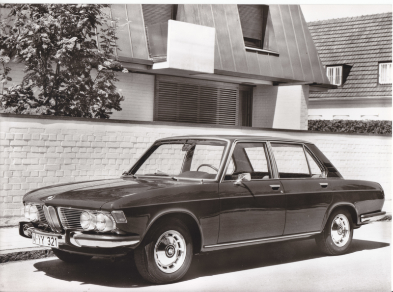 BMW 2500 Sedan - 1969 - German text on the reverse
