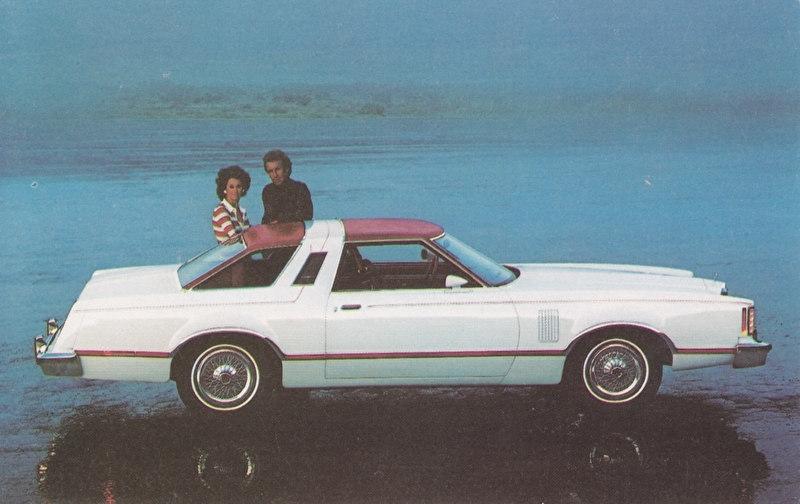 Thunderbird, US postcard, standard size, 1977