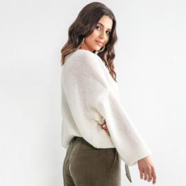Sweater weather, Color ecru Fobya F1159