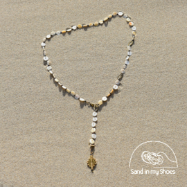 SEASHELL CONVERTIBLE Y NECKLACE WITH BRASS SUN