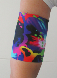 BAND MET GRAFFITI VOOR ARM, BEEN OF BUIK VAN LYCRA