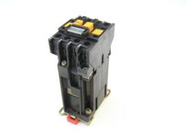 Telemecanique CA2-DN2319 . A65 24V