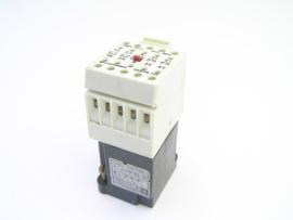 Telemecanique CA2-FN 122 220-240V