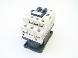 Schneider Electric CAD32 230V