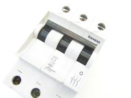 Siemens 5SX2 C2
