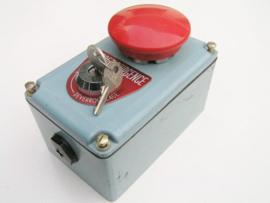 Telemecanique Noodstop met sleutel ontgrendeling