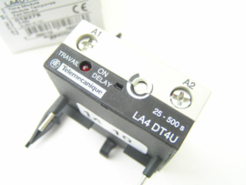 Telemecanique LA4DT4U Time module 019278