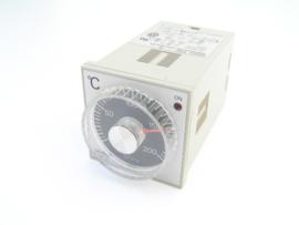 Omron E5C-R Temperatuur controller