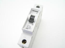 Siemens 5SX2 G 4A