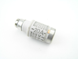Siemens 5SE2 020