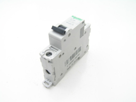 Schneider Electric C 2A. 250V. C60H DC. Multi 9